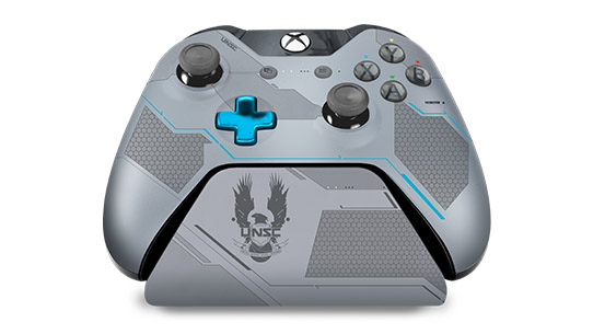 Halo 5: Guardians Limited Edition Spartan Locke Controller Stand